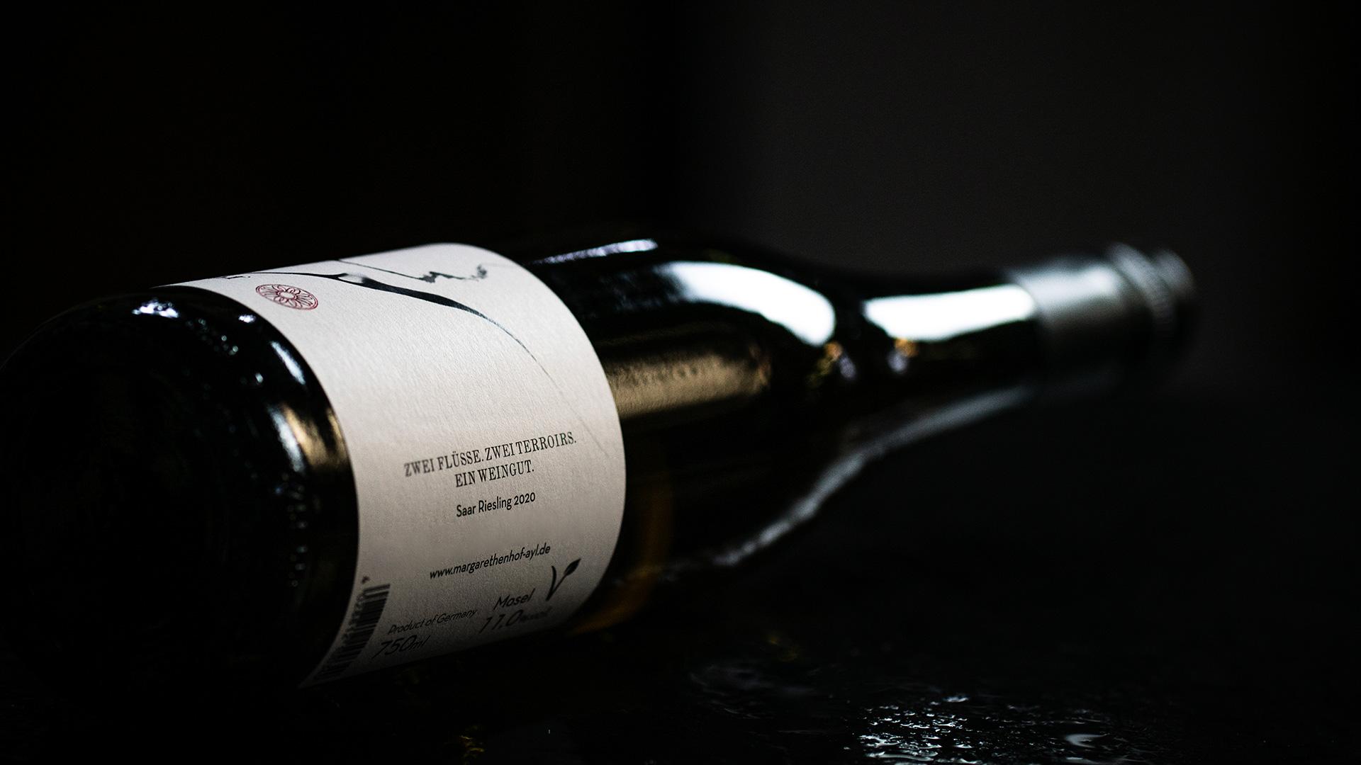 Margarethenhof Flasche Leitsatz: Zwei Flüsse, Zwei Terroirs, Ein Weingut